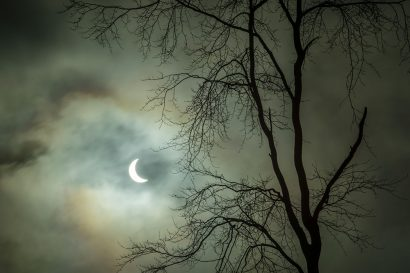 eclipse-light.jpg