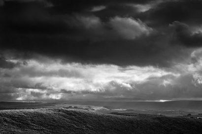 storm-blowingin.jpg